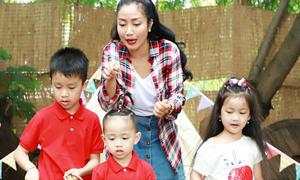 Ốc Thanh Vân đưa 3 con đi dã ngoại cuối tuần