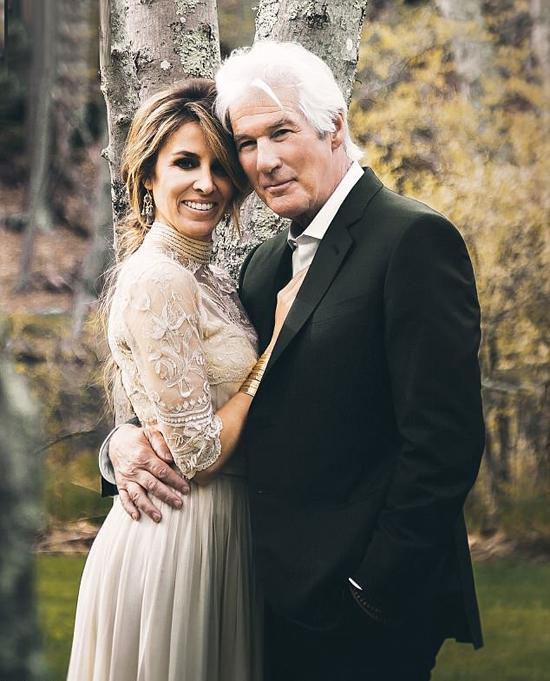 Richard Gere và cô dâu trong ngày cưới.
