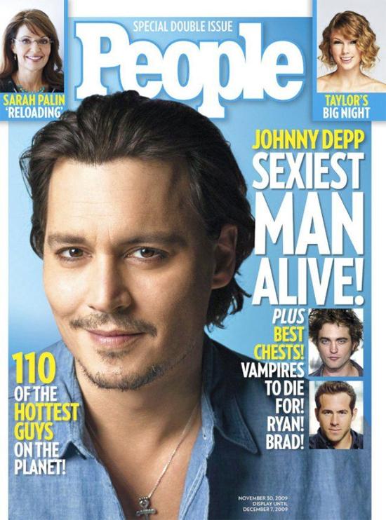 Johnny Depp từng được tạp chí People bình chọn là Người đàn ông đương đại quyến rũ nhất thế giới năm 2009.