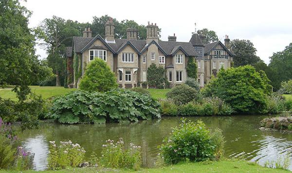 York Cottage - ngôi nhà mang phong cách cổ