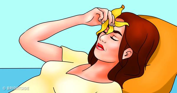 Giảm đau đầu và đau nửa đầu Hàm lượng kali cao trong vỏ chuối giúp chúng trở thành phương thuốc tự nhiên giúp giảm đau đầu và đau nửa đầu. Hãy làm lạnh vỏ chuối trong 1 giờ rồi đặt lên trán và sau gáy cho đến khi vỏ chuối ấm lại. Lặp lại cho tới khi cảm thấy hết đau.
