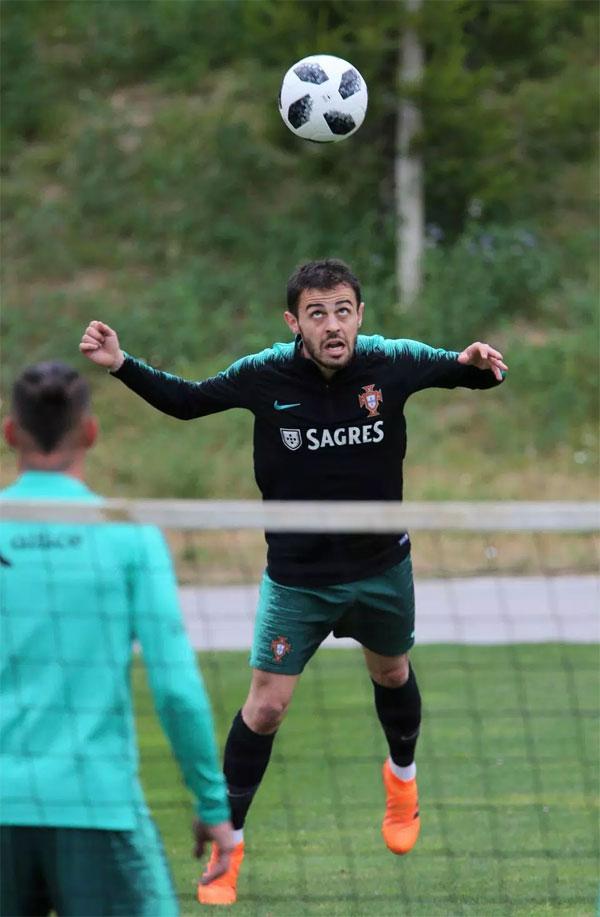 Bernardo Silva là trụ cột ở tuyến giữa.