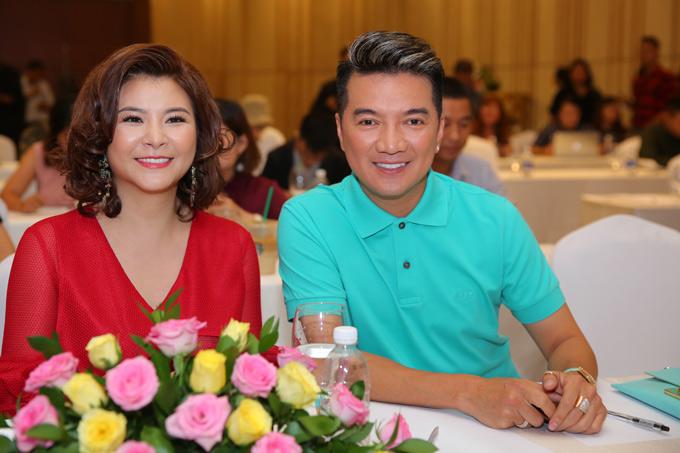 Nghệ sĩ Kim Oanh sẽ ngồi ghế nóng Gương mặt thân quen 2018 cùng Đàm Vĩnh Hưng. Chị tự tin sẽ đảm nhiệm tốt vai trò giám khảo.