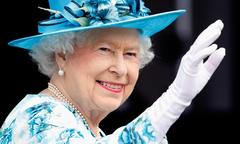 Lý do Nữ hoàng Anh luôn đeo găng tay trong các sự kiện quan trọng