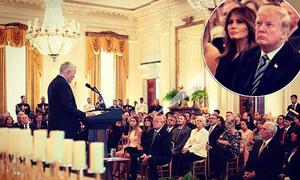 Ông Trump bác tin đồn trục trặc sau gần một tháng vắng bà Melania