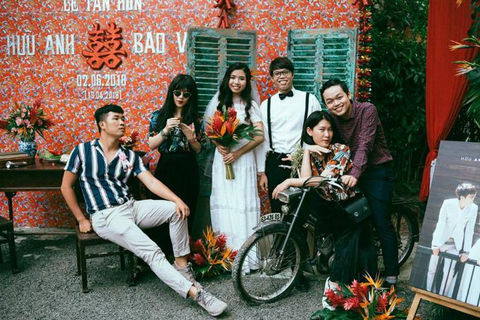 Đám cưới cực chất mang concept Ông bà anh của quản lý Chi Pu