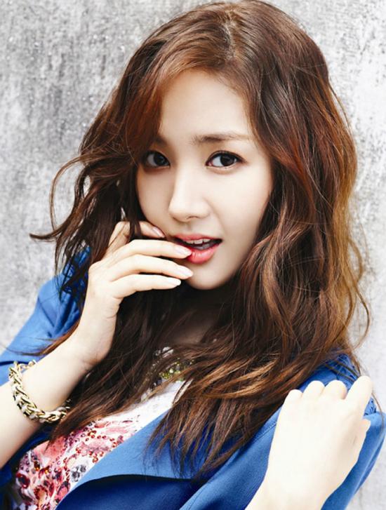 Búp bê dao kéo thành công nhất xứ Hàn có sự nghiệp khởi sắc sau khi tham gia bộ phimChuyện tình Sungkyungkwan.