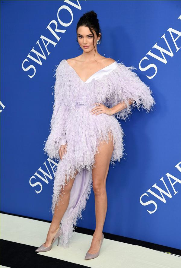 Dàn thiên thần Victorias Secret đọ phong cách trên thảm đỏ - 8