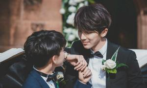 Đám cưới trong lâu đài Anh của cặp mỹ nam 'vạn người mê'