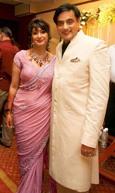 Chính trị gia Ấn Độ đối diện án tù 10 năm vì giúp vợ tự tử