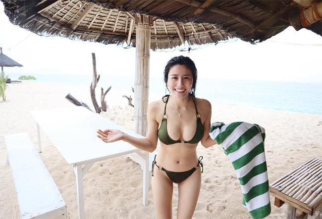 Lâm Thiên Dư khoe ảnh đi chơi cùng chồng hồi đầu tháng 6trên Instagram cá nhân. Bụng cô trông hoàn toàn phẳng, không hề có dấu hiệu bầu bí.
