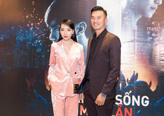 Diễn viên Quốc Cường hội ngộ đàn em Băng Di trong buổi ra mắt phim mới.