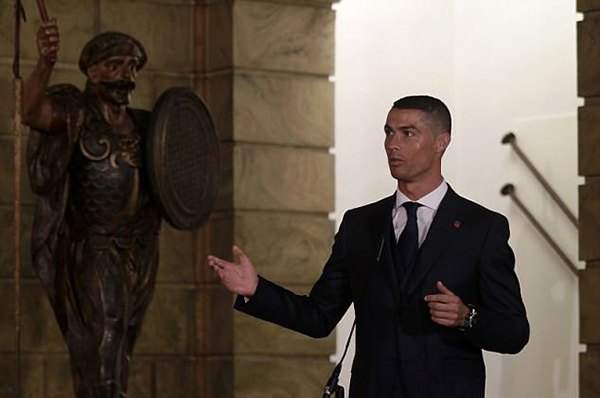 C. Ronaldo khẳng định anh và toàn đội sẽ thi đấu hết mình để đạt kết quả tốt nhất trong những trận đấu sắp tới.