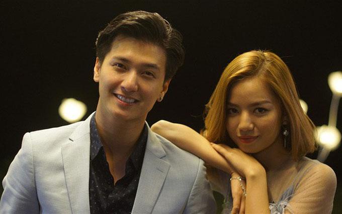 Huỳnh Anh đóng cặp với Hạ Anh trong phim Cả một đời ân oán phần 2.