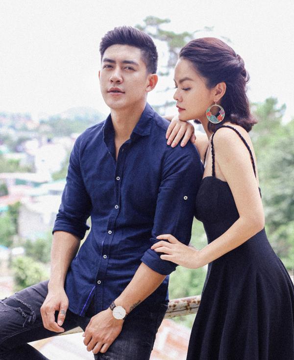 Cao Lâm Viên tình tứ với Phạm Quỳnh Anh trong MV.