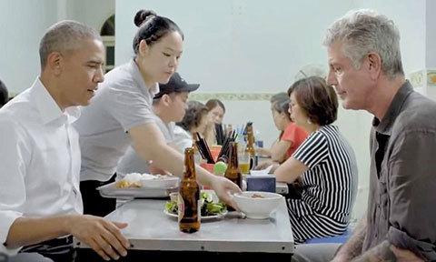 Ông Obama nhắc tới bún chả Hà Nội khi tiếc thương đầu bếp Bourdain