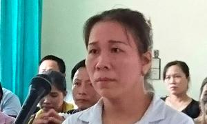 Nữ tiểu thương đổ tiết lợn vào chủ tịch huyện lĩnh 4 tháng tù