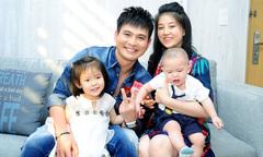 Ca sĩ Lâm Hùng mua nhà mới, đón vợ con về sum họp