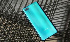 Top 4 smartphone giá 8 - 10 triệu đồng được giới trẻ yêu thích