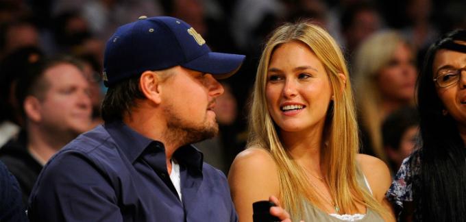 Siêu mẫu Israel có mối tình 6 năm với diễn viên Leonardo DiCapro. Ảnh:Forward.