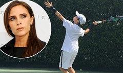 Cậu hai nhà Becks đánh tennis như Federer