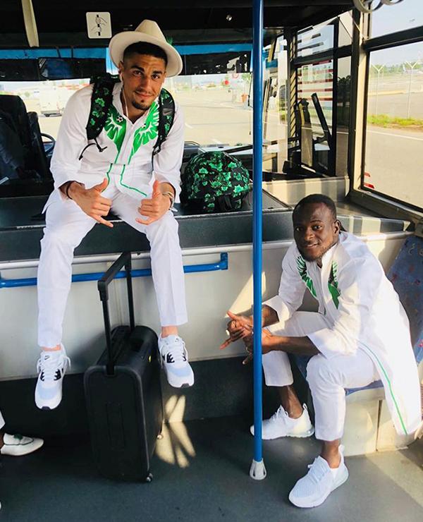 Nếu World Cup 2018 là cuộc trình diễn thời trang. Hãy trao Cup vô địch ngay cho đội tuyển Nigeria, một fan bình luận.