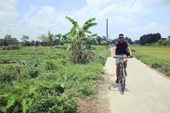 Chuyến du lịch Việt Nam - Thái Lan ngọt ngào của vợ chồng sao MU - 9