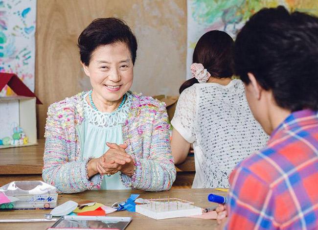 Ở tuổi 83 bà Yoshiko Shinohara sở hữu khối tài sản 1.1 tỷ USD, bà không tái hôn và cũng không có con cái. Ảnh: Forbes.