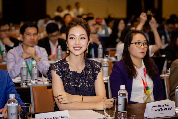 Hoa hậu Jennifer Phạm ưu tiên thực phẩm tốt cho tim mạch - 1