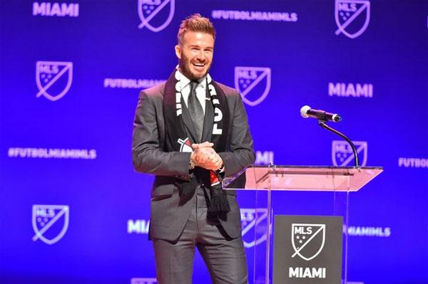 Becks trong lễ giới thiệu kế hoạch thành lập đội bóng ở Mỹ hồi đầu năm. Ảnh: NS.