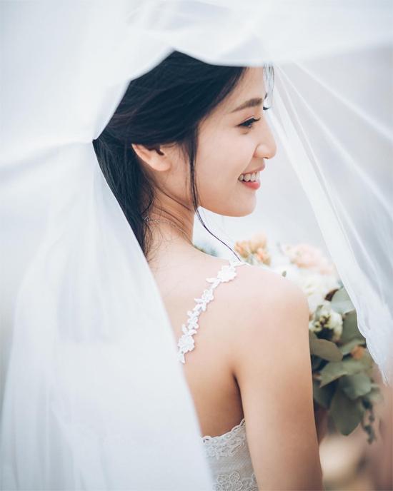 5 năm sau scandal sex trong toilet, mỹ nhân TVB khoác váy cưới - 9