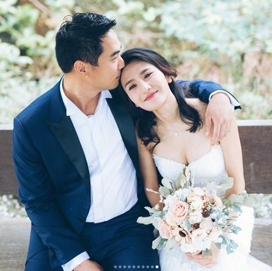 5 năm sau scandal sex trong toilet, mỹ nhân TVB khoác váy cưới