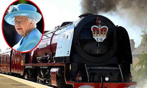Không gian trong đoàn tàu hơn 150 tuổi của Nữ hoàng Anh