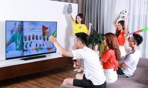 Giới trẻ xem World Cup tại nhà với TV LG