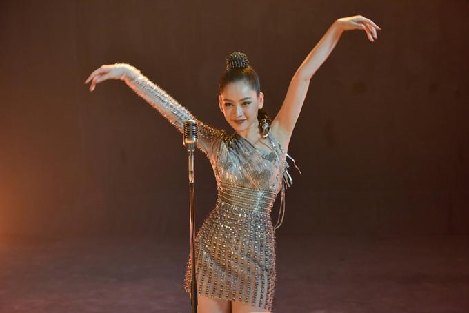 Hương Giang, Ngọc Trinh, Chi Pu quay clip quảng bá show Đỗ Long - 2