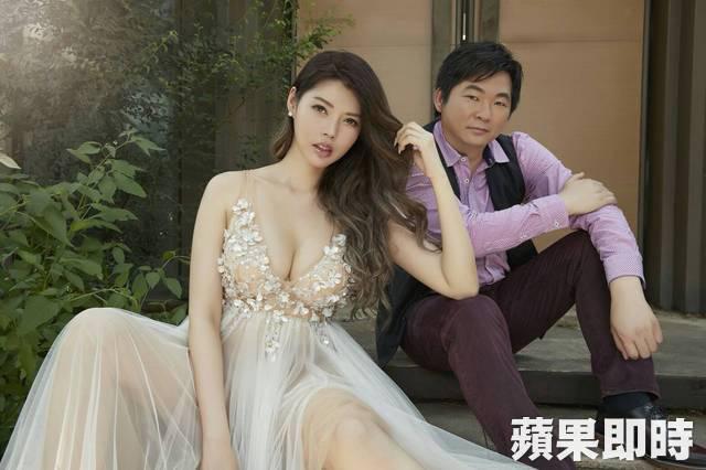 Siêu mẫu người Đài Loan Ân Kỳ (Monica Yin) hôm 14/6 chia sẻ ảnh cưới với khán giả trước ngày lên xe hoa. Hôn lễ của cô sẽ cử hành vào 23/6 tới tại quê nhà. Chồng sắp cưới của Ân Kỳ là Trương Sĩ Dục - quản lý cấp cao của công ty Kao Ming ở Đài Trung.