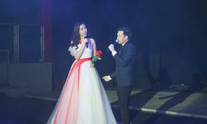 Hoa hậu Đỗ Mỹ Linh lần đầu khoe giọng hát