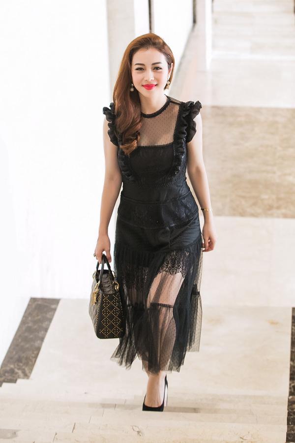 Jennifer Phạm mong rằng, cô sẽ giúp ban tổ chức tìm được Hoa hậu hội tụ được các yếu tố về vẻ đẹp ngoại hình, trí tuệ và có trái tim giàu lòng nhân ái.
