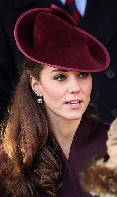 Những món quà đắt giá Kate được nhận từ khi làm dâu hoàng gia Anh - 5