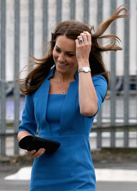 Những món quà đắt giá Kate được nhận từ khi làm dâu hoàng gia Anh - 7