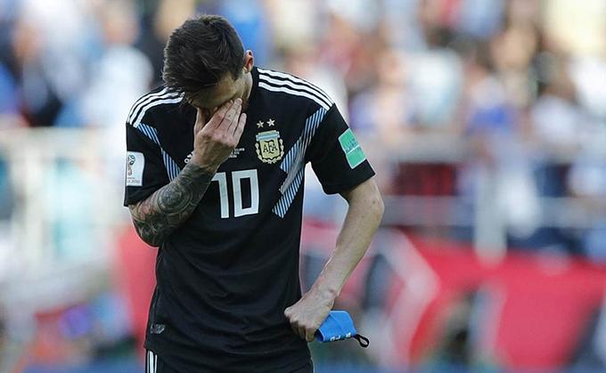 Messi thi đấu rất nỗ lực ở trận đấu này nhưng không có duyên ghi bàn. Ngoài cú sút penalty không thành công, anh còn bỏ lỡ nhiều cơ hội khác
