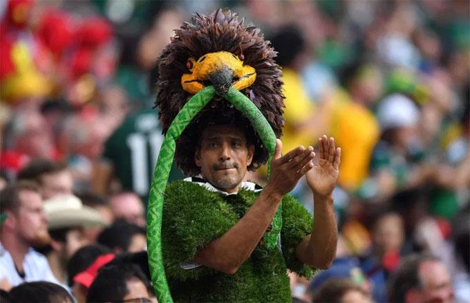 Mexico bất ngờ có chiến thắng 1-0 trước ứng cử viên vô địch ngay trong trận ra quân.