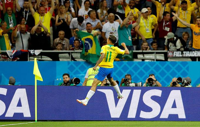 Tuyển Brazil sớm có lợi thế với bàn mở tỷ số của Coutinho. Ảnh: Reuters.