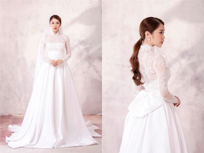 Một chút thiết kế cổ điển với phần eo xếp ly và ren phủ ẩn trong dáng váy cúp ngực, các cô dâu sẽ trông thật sang trọng.