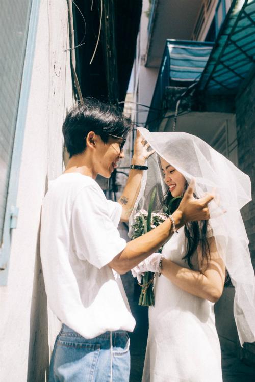 Ảnh cưới chụp tại chung cư cũ chất như phim Hồng Kông - 6