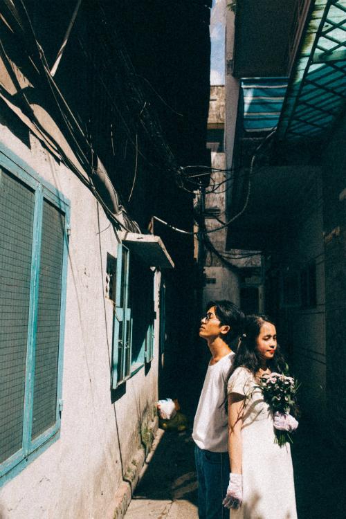 Ảnh cưới chụp tại chung cư cũ chất như phim Hồng Kông - 7