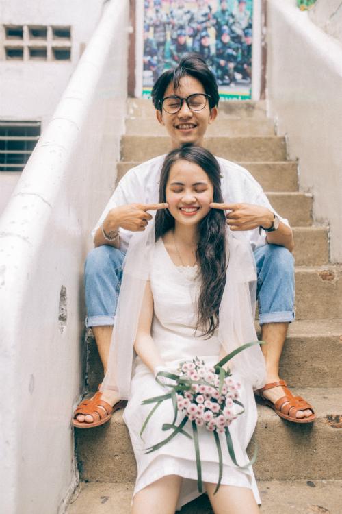 Ảnh cưới chụp tại chung cư cũ chất như phim Hồng Kông - 11