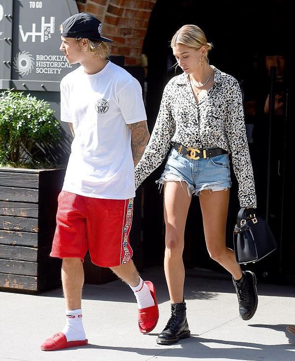 Sau khi dạo chơi ở New York, Justin đưa Hailey về thăm quê hương Canada của anh vào đầu tuần này.