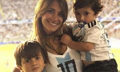 Vợ Messi được minh oan vụ 'giật dây chồng' ở tuyển Argentina