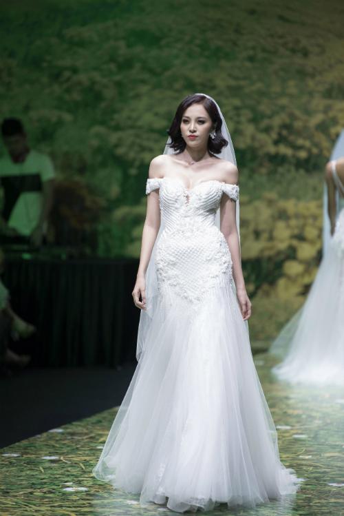 Váy cưới trắng tinh khôi cho nàng dáng chuẩn - 4
